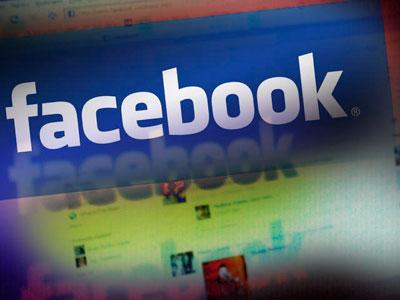 Facebook draws user ire with email switcheroo