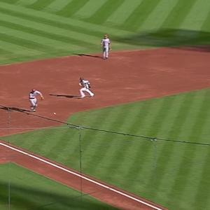 Frazier's barehanded play