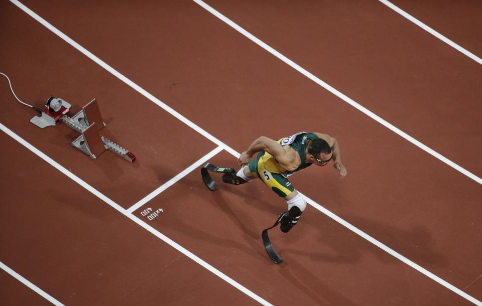 South Africa's Oscar Pistorius starts in one of the men's 400 meter semifinal races during the athletics in the Olympic Stadium at the 2012 Summer Olympics, London, Sunday, Aug. 5, 2012. (AP Photo/Mark Duncan)