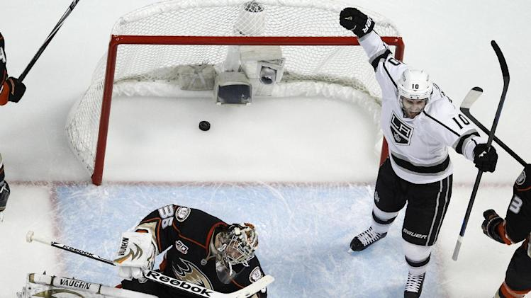 LA Kings eliminate rival Anaheim Ducks, continue Game 7 mastery