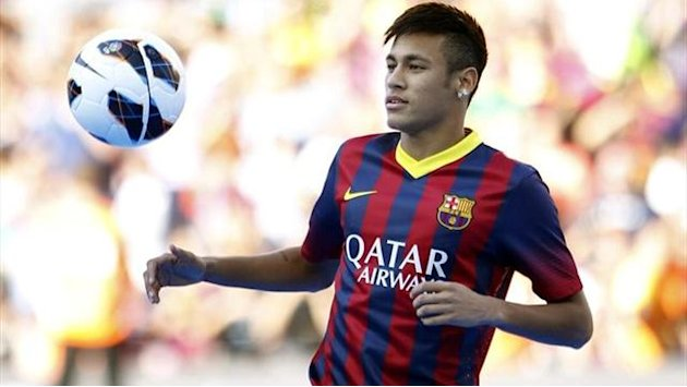 Liga - Neymar too lightweight, Barcelona's doctor says