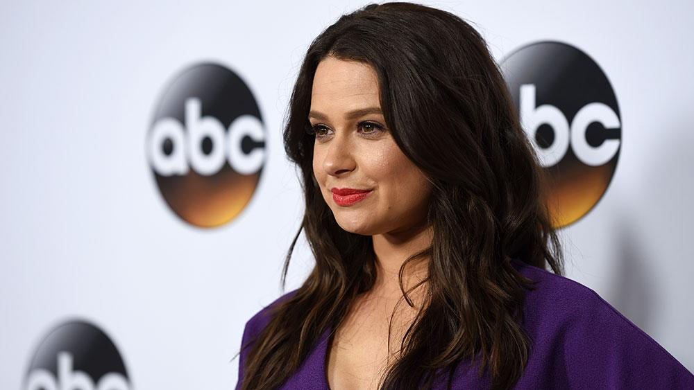 Q&A: 'Scandal' Actress Katie Lowes Takes the Stage in 'A Dog's House'
