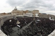 A general view of St. Peter&#39;s Square as newly elected Pope Francis appears at the window of his future private apartment to bless the faithful, during the Sunday Angelus prayer at the Vatican March 17, 2013. 