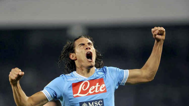 Napoli Uruguayan striker Edinson Cavani celebrates after scoring, during a Serie A soccer match between Napoli and AS Roma, at the Naples San Paolo stadium, Sunday, Jan. 6, 2013. (AP Photo/FRancesco Pecoraro, Lapresse)