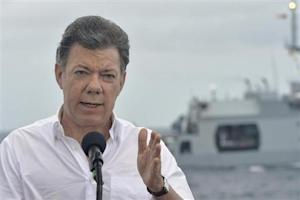 Colombia's President Juan Manuel Santos gives a speech during a visit at Caribbean island of San Andres
