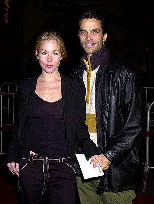 Christina Applegate and Johnathon Schaech at the Hollywood premiere of Vanilla Sky