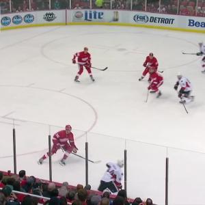 Mrazek keeps the Red Wings ahead