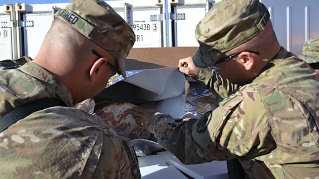 Group Aims to Send 20,000 Super Bowl Pizzas to Troops (ABC News)
