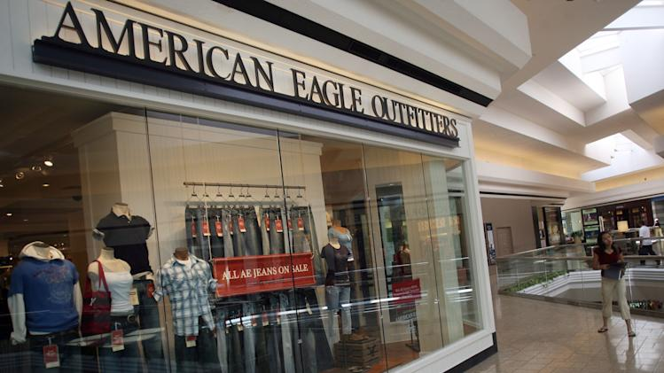 Traffic drop hurts American Eagle Outfitters in 2Q