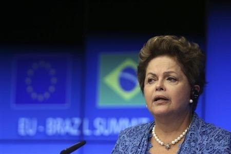 Brazil's Rousseff looks weak, but so do her election rivals