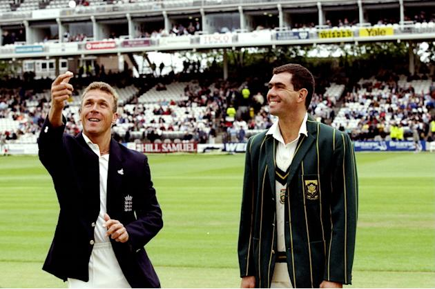 Alec Stewart of England and Hansie Cronje of South Africa