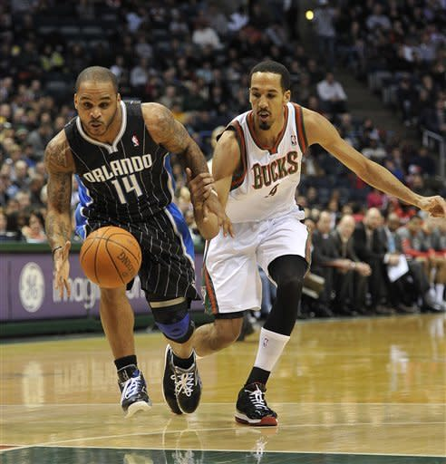Richardson hits nine 3s, Magic top Bucks 99-94