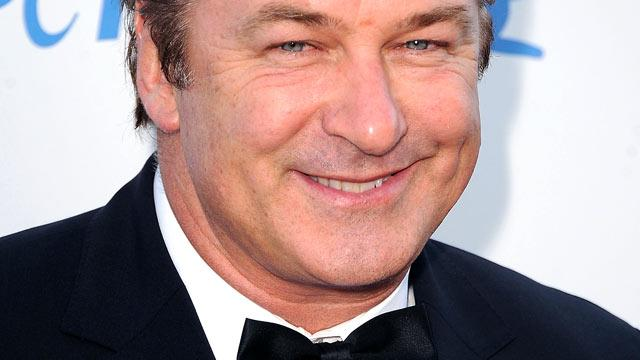 Alec Baldwin Booted From American Airlines Flight