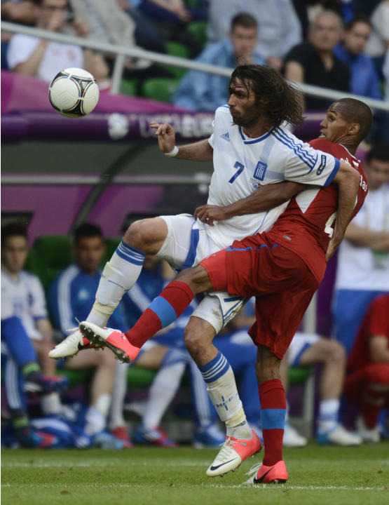 Czech Defender Theodor Gebre Selassie (R) Vies AFP/Getty Images