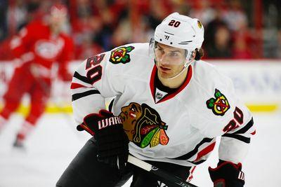 Brandon Saad leaves game after getting his bell rung