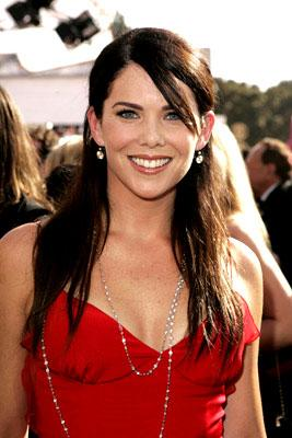Lauren Graham at the 57th annual Emmy Awards in Los Angeles on September 18, 2005 Lauren Graham