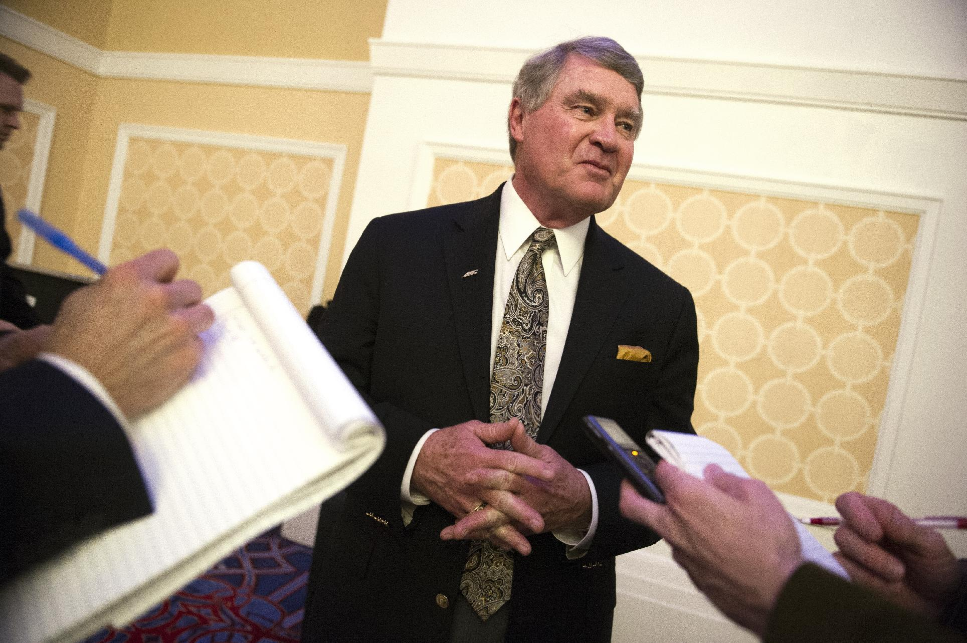 Commissioner John Swofford has no plans to split ACC into three divisions
