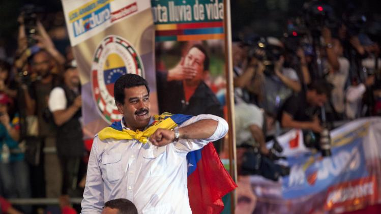 Maduro takes narrowing lead into Sunday vote