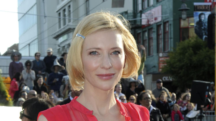 "Cast member Cate Blanchett poses on the red carpet at the premiere of ""The Hobbit: An Unexpected Journey,""  at the Embassy Theatre, in Wellington, New Zealand, Wednesday, Nov. 28, 2012.  (AP Photo/SNPA, Ross Setford) NEW ZEALAND OUT"
