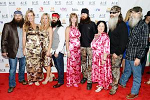 Duck Dynasty Cast Hits the Red Carpet in Matching Camouflage Pants, Dresses