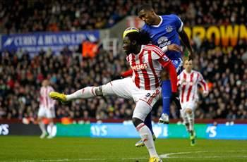 Stoke 1-1 Everton: Points dropped in Tim Howard's 200th consecutive appearance
