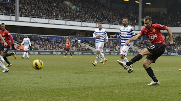 Ryan Giggs scores for Manchester United at QPR (Reuters)