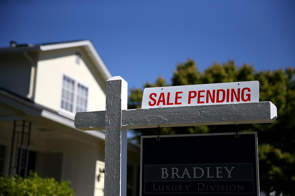 Monthly Sales Of Existing Homes Rise To Highest Level Since Nov. 2009