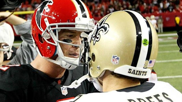 Matt Ryan of the Atlanta Falcons shakes hands with Drew Brees of the New Orleans Saints (AFP)