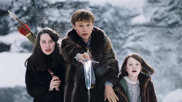 The Chronicles of Narnia the Lion the Witch and the wardrobe Walt Disney Pictures 2005 Anna Popplewell William Moseley Georgie Henley