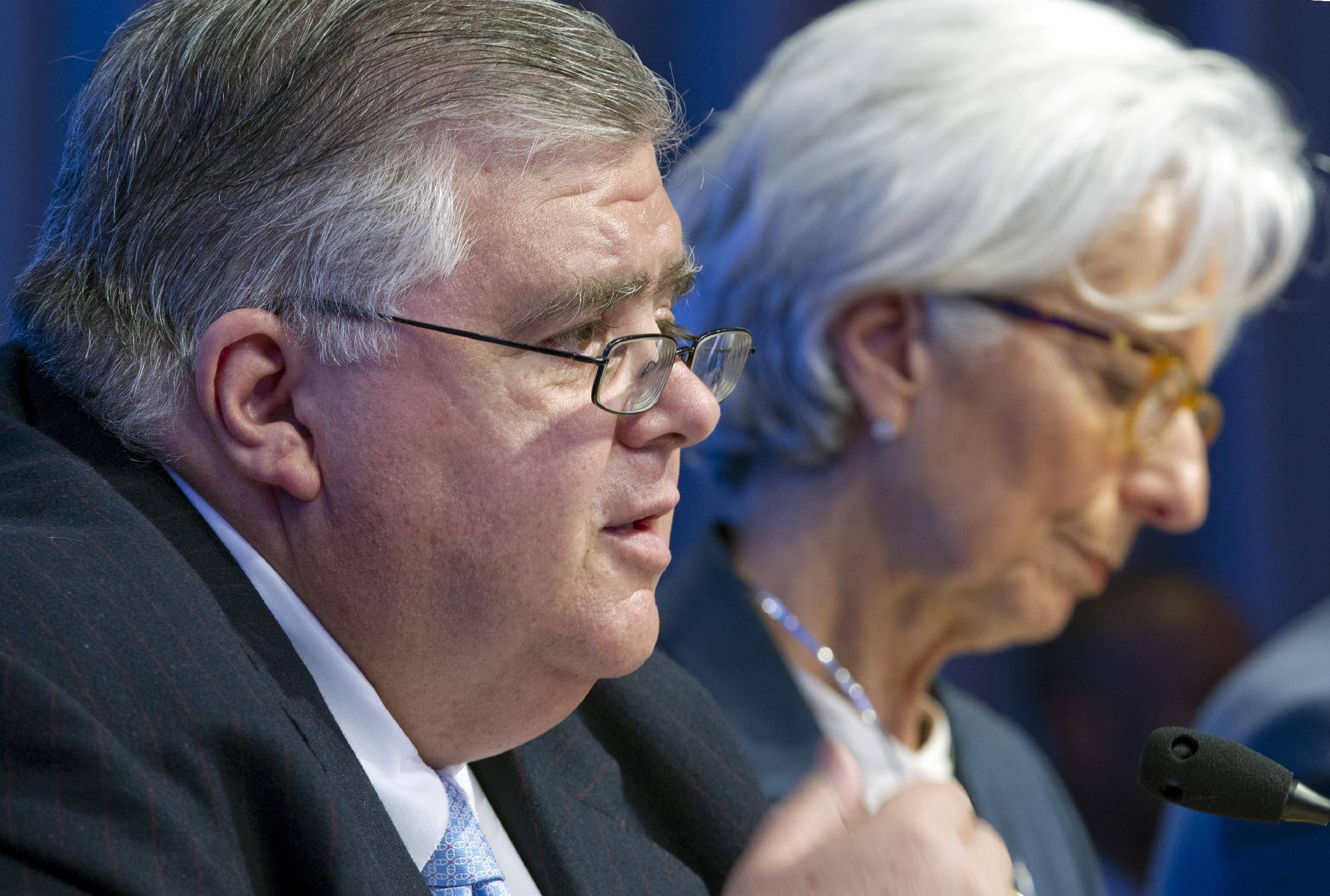 World finance leaders see threats ahead for global economy