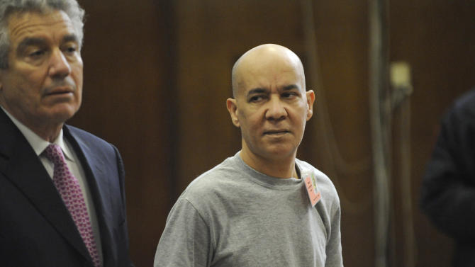 FILE - In this Nov. 15, 2012, file photo, Pedro Hernandez, right, appears in Manhattan criminal court with his attorney, Harvey Fishbein, in New York. Hernandez confessed in 2012 to killing the long-missing New York City boy, Etan Patz but Hernandez's defense maintains his confessions are the false imaginings of a man who has an IQ in the lowest 2 percent of the population and has problems discerning reality from fiction. Fishbein - who has handled other murder cases involving psychiatric issues - and the prosecution differ on the extent and implications of Hernandez's mental problems. Opening statements in Hernandez's trial are set for Friday, Jan. 30, 2015. (AP Photo/Louis Lanzano, Pool, File)