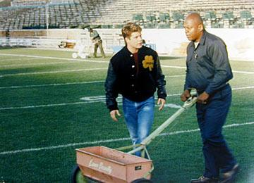 Sean Astin and Charles S. Dutton in TriStar Pictures' Rudy