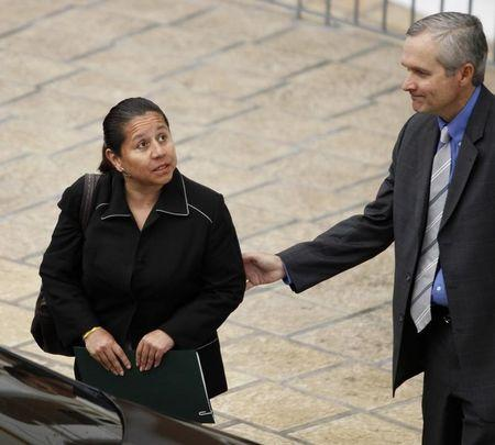 Panama kicks out ex-Colombian spy chief to face charges at home
