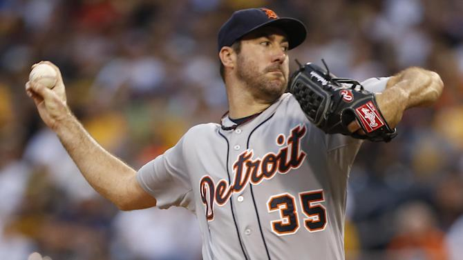 Tigers P Verlander has right shoulder inflammation