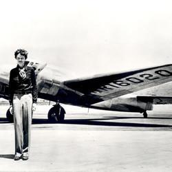 Amelia Earhart's Last Photo Shoot : New Book and Newly Revealed Film Clip
