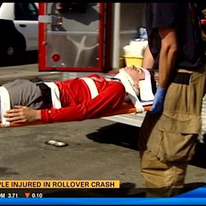 2 injured in rollover crash in Clairemont