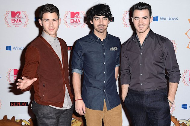 Nick Jonas, Joe Jonas, Kevin Jonas