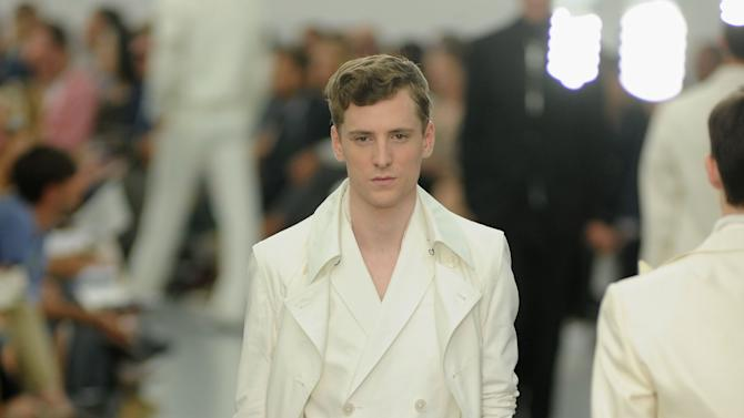Corneliani: Runway - Milan Fashion Week Menswear Spring/Summer 2013