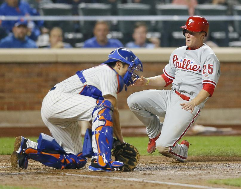 Hamels leads Phillies past Mets 6-2 with arm, bat
