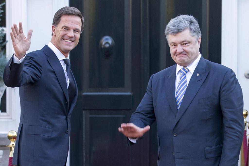 Dutch PM backs Ukraine-EU accord as key for stability