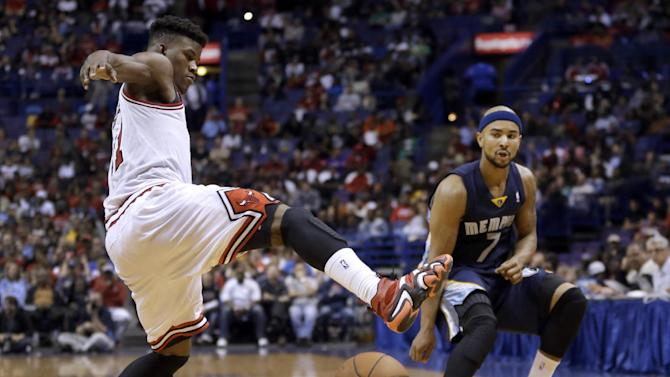 Boozer leads Bulls over Grizzlies