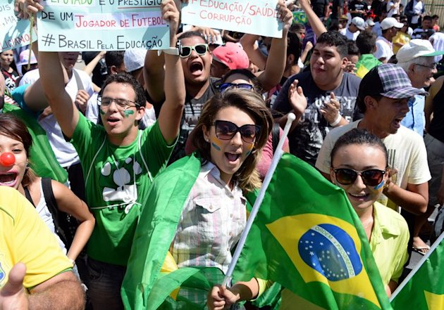 Young demonstrators march in Fortaleza, northern Brazil, on June 19, 2013