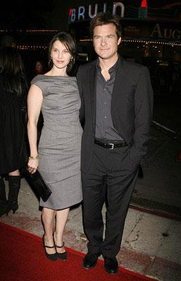Jason Bateman and wife Amanda Anka at the Westwood premiere of Fox Searchlight's Juno
