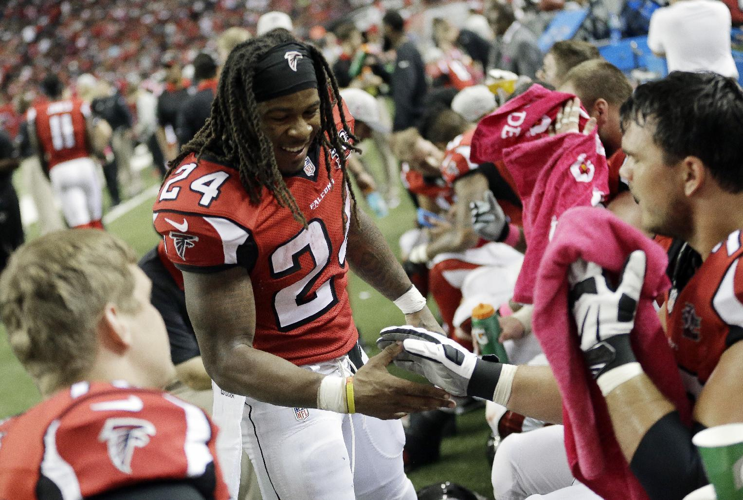 FANTASY PLAYS: Devonta Freeman looking strong for owners