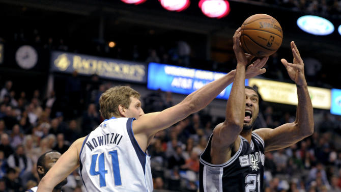 Green, Duncan lead Spurs past Mavericks 116-109