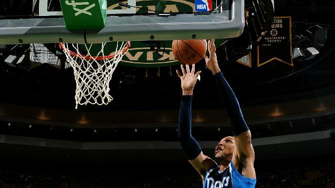 Nowitzki has 20 to lift Mavs over Celtics 102-91