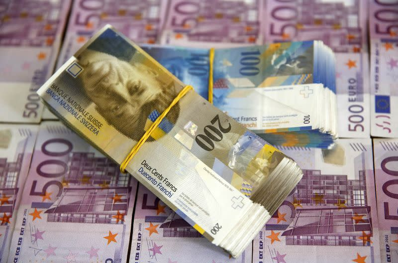 Austrians rue starting fashion for Swiss franc mortgages