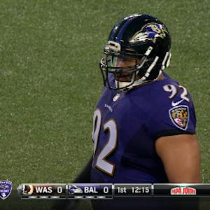 Baltimore Ravens defensive tackle Haloti Ngata kicks Washington Redskins offensive lineman Shawn Lauvao