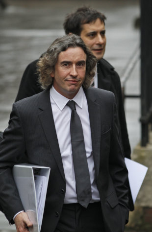 British actor Steve Coogan arrives to testify at the Leveson inquiry at the Royal Courts of Justice in central London, Tuesday, Nov. 22, 2011. The Leveson inquiry is Britain&#39;s media ethics probe that was set up in the wake of the scandal over phone hacking at Rupert Murdoch&#39;s News of the World, which was shut in July. (AP Photo/Lefteris Pitarakis)