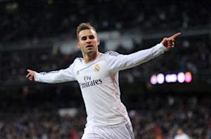 Del Bosque hints at Jese Spain World Cup spot